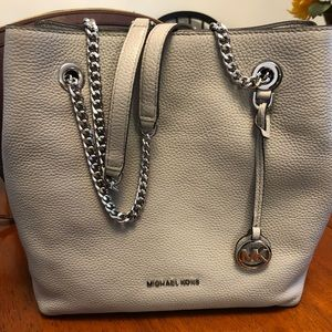 Brand New Micheal Kors Shoulder Tote
